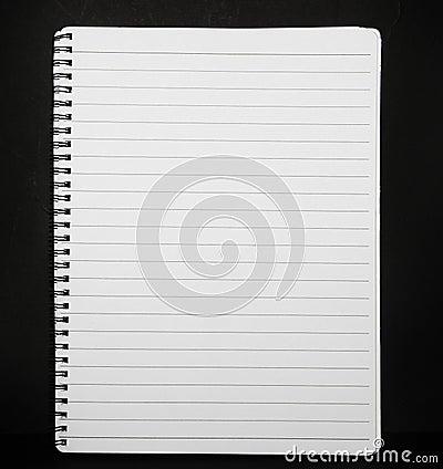 笔记本被排行的纸张