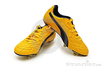 ποδόσφαιρο μποτών κίτρινο