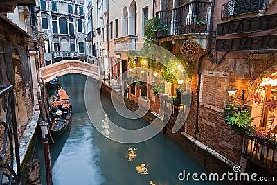 运河意大利晚上威尼斯
