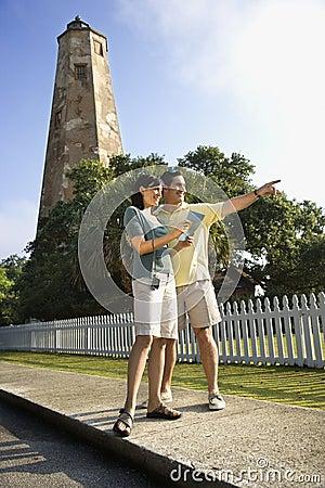 观光夫妇的灯塔