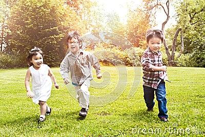 亚洲孩子公园运行中