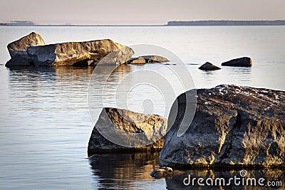 芬兰岩石海岸线