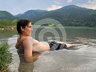 χαμόγελο ατόμων λιμνών