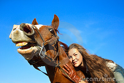 чувство юмористики лошади