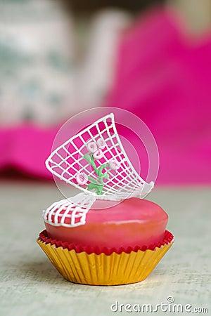 杯形蛋糕桃红色玫瑰