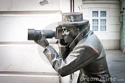 无固定职业的摄影师雕象
