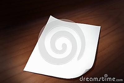 бумажный лист