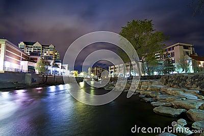 里诺河结构