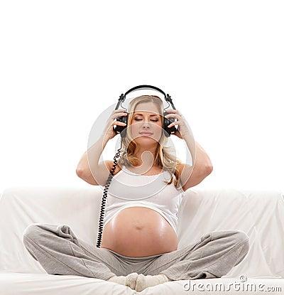 слушая нот супоросое к детенышам женщины