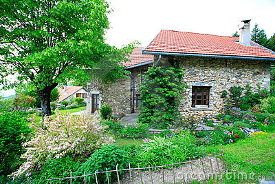 χτισμένη πέτρα σπιτιών κήπων