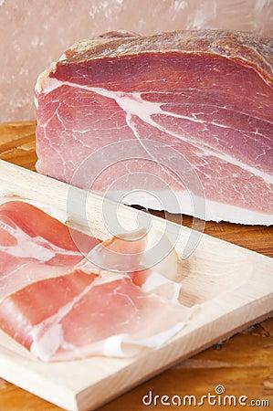 被治疗的火腿猪肉