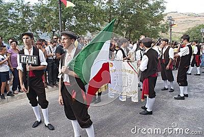 从西西里岛的民间组 编辑类库存照片