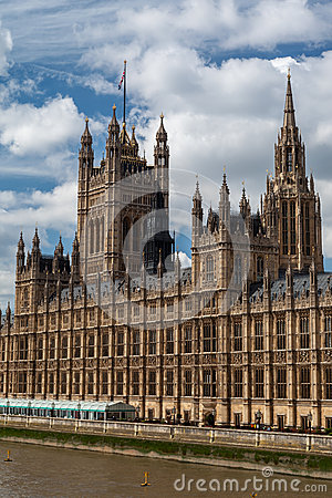 Здание Англия парламента