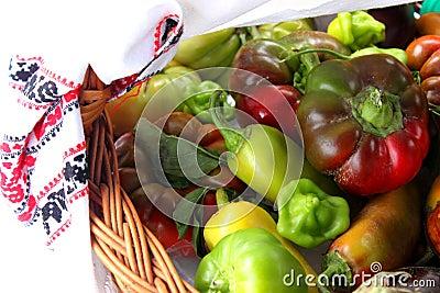 在篮子的蔬菜