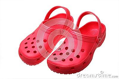 Красные сандалии