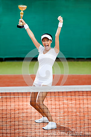 专业女性网球员赢取了竞争