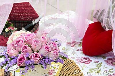 Романтичный пикник