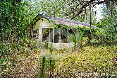 Παλαιό εγκαταλειμμένο η Φλώριδα σπίτι