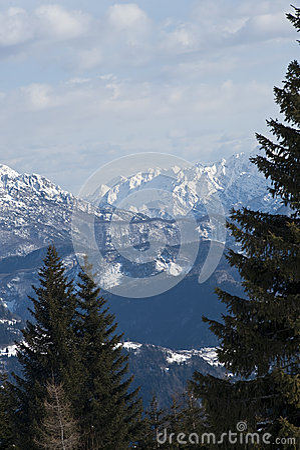Χιονώδης όψη βουνών