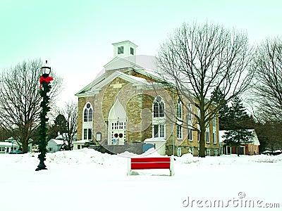 教会在冬天