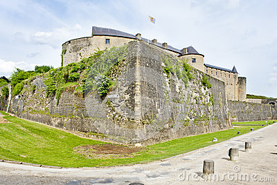 Замок седана
