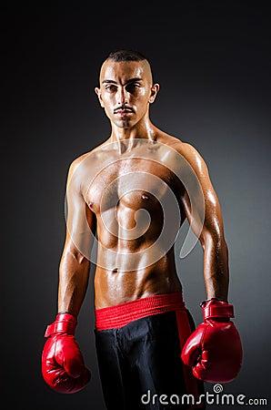 肌肉拳击手