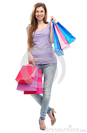 Женщина с хозяйственными сумками