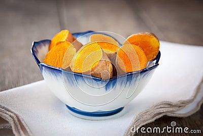 新鲜的姜黄
