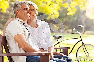 夫妇作白日梦的退休