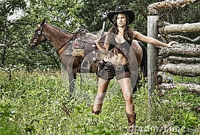 Съемки оружия - госпожа Шериф