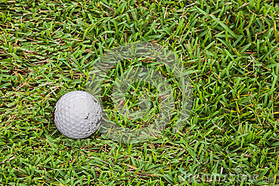 在航路的高尔夫球