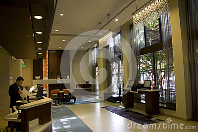 Лобби роскошной гостиницы Редакционное Изображение
