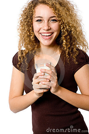 молоко девушки