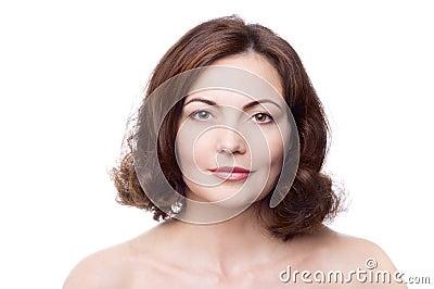 变老的美丽的中间妇女