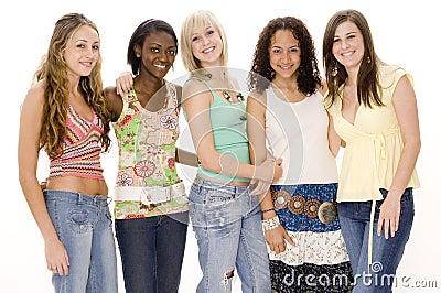 группа девушок