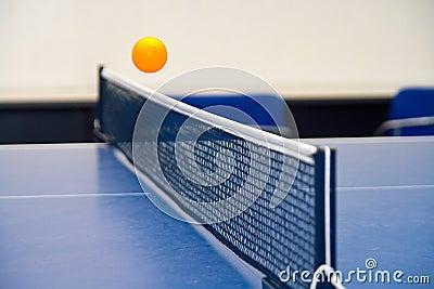跳动乒乓球