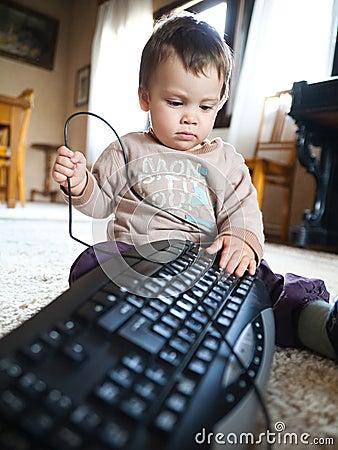παιχνίδι πληκτρολογίων μωρών