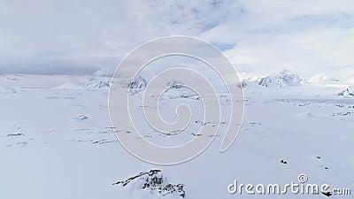 Noordpool lucht episch berglandschap timelapse stock video