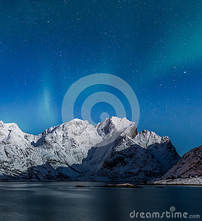 Free Northern Lights Over Lofoten Mountains Stock Photography - 89062212