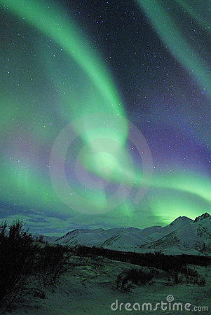 Free Northern Lights Over Mountains Stock Images - 12467634