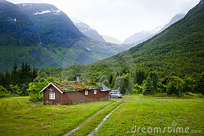 Norwegian house and mountains