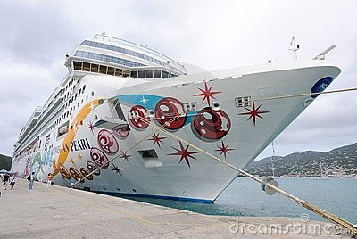 Norwegian Pearl Editorial Stock Image