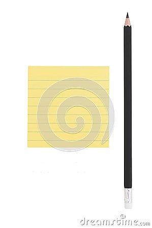 Nota del lápiz y de post-it sobre el fondo blanco