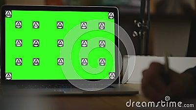 Nota di scrittura su carta view4 Schermo per derisione su archivi video