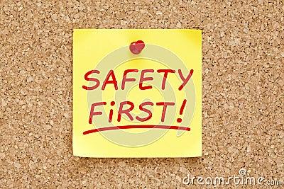 Nota pegajosa da segurança em primeiro lugar