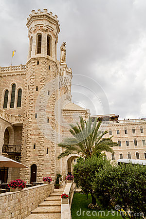 Free Notre Dame De Jerusalem, Courtyard Royalty Free Stock Image - 60852326