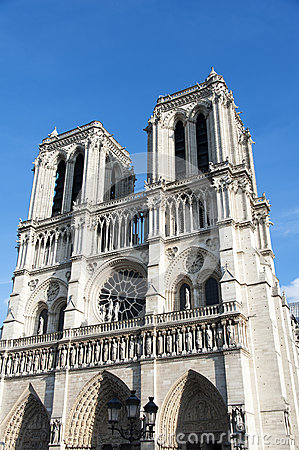 Free Notre Dame De Paris Royalty Free Stock Photos - 27638378
