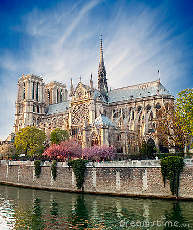 Free Notre Dame De Paris - France Royalty Free Stock Photography - 24242877