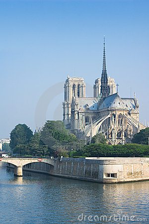 Notre-Dame de Paris in the morning