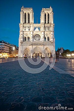 Notre Dame de Paris at night.